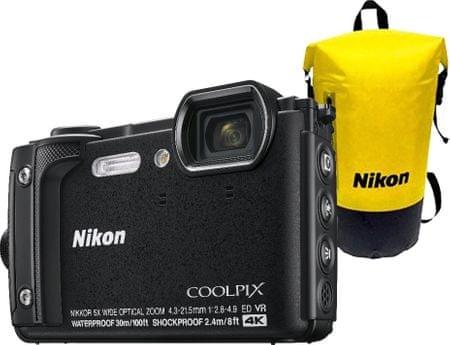 Nikon digitalni fotoaparat COOLPIX W300, podvodni, črn + vodotesni nahrbtnik