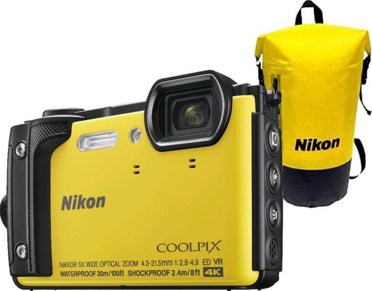 Nikon Coolpix W300 Holiday Kit Yellow