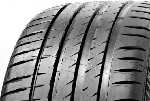 Michelin PILOT SPORT 4 XL 235/45 R17 Y97