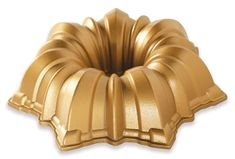 Nordic Ware Forma na bábovku hvězda, zlatá