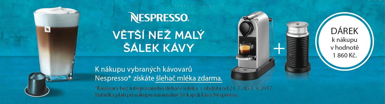 K nákupu vybraných kávovarů Nespresso získáte šlehač mléka zdarma.