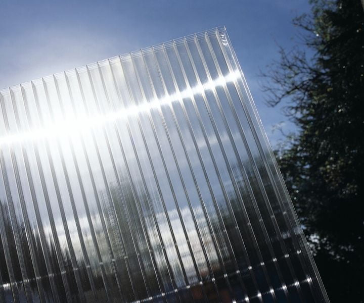 LanitPlast Polykarbonát komůrkový 25 mm čirý - 7 stěn - 3,0 kg/m2 2,10x2 m