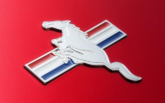 iON Mustang LP fél-automatikus gramofon