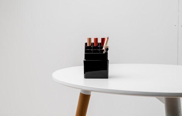 Compactor Organizér na rtěnky černý