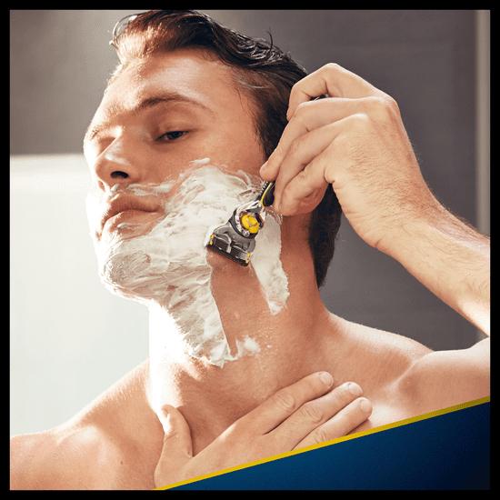Gillette Fusion ProShield moški brivnik s tehnologijo FlexBall + brivne glave, 4 kosi