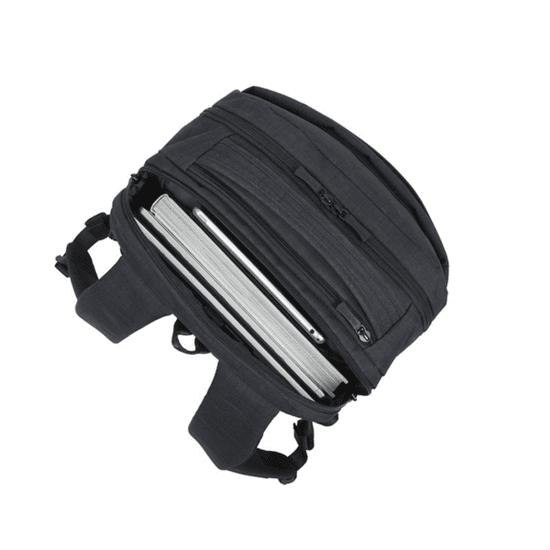 RivaCase nahrbtnik za prenosnike 8365, do 17,3, črn