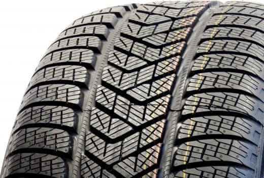 Pirelli SCORPION WINTER XL RunFlat 285/45 R19 V111