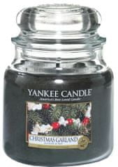 Yankee Candle Classic stredná Christmas Garland 411 g