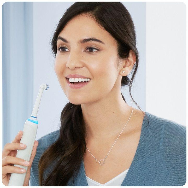 Oral-B Genius PRO 9000 bělicí účinky