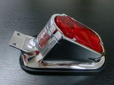 Highway-Hawk moto koncové světlo  TOMBSTONE s držákem SPZ, E-mark, ocel, chrom (1ks)