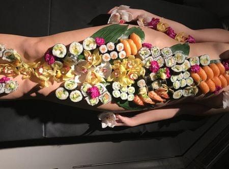 Poukaz Allegria - nyotaimori - body sushi
