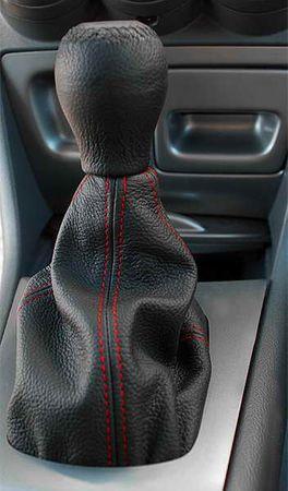MAMMOOTH Kryt (manžeta) řadící páky, kožený, černý s červeným prošitím, univerzální velikost