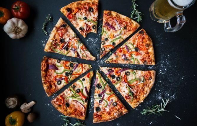 Bosch HBA554BS0 stupeň pro pizzu