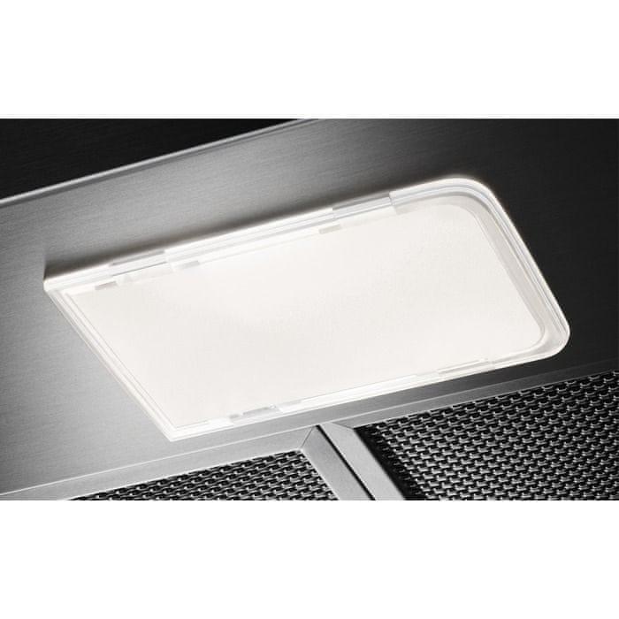 Silné osvětlení je důležitou funkcí digestoře.