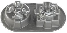 Nordic Ware Plát se 2 formičkami ve tvaru dárků