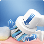 2 - Oral-B Pro 750 Elektromos fogkefe, fekete