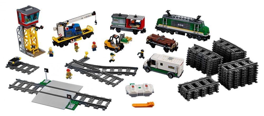 LEGO City 60198 Nákladní vlak - rozbaleno