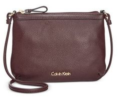 Calvin Klein Crossbody kabelka Pebble Leather Crossbody Purple