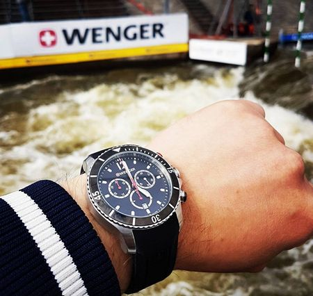 Wenger Sea Force 01.0643.110  1239ac1eb0