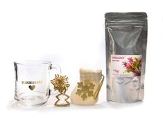 Phoenix Division Vánoční balíček čajová směs EMANACE powder 75 g a hrníček Hannasaki