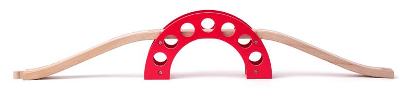 Woody Most - červený oblouk