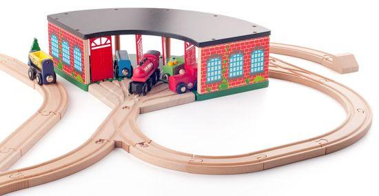 Woody velika željeznička garaža