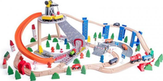 Woody linia kolejowa z dźwigiem