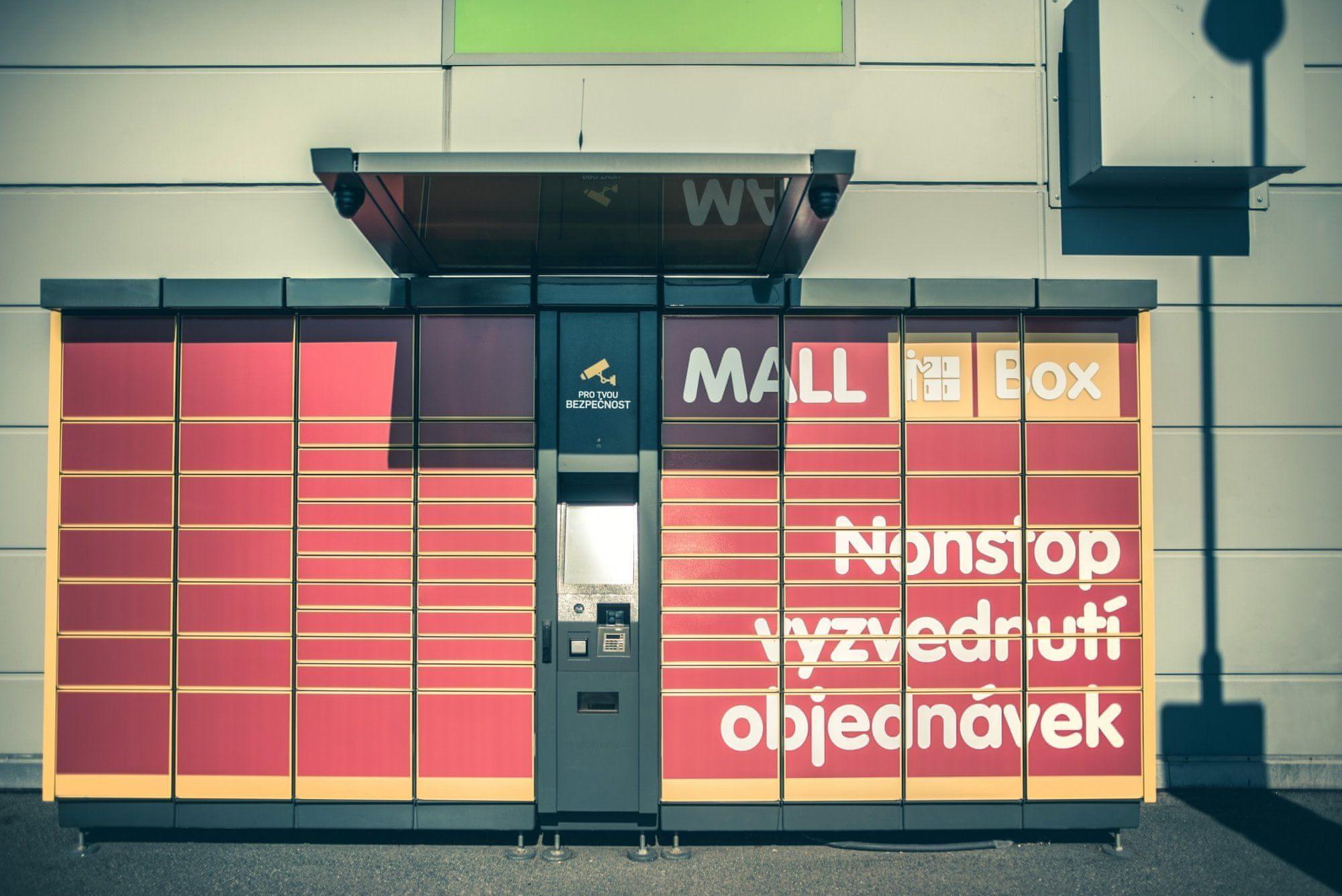 MALL Box v Praze