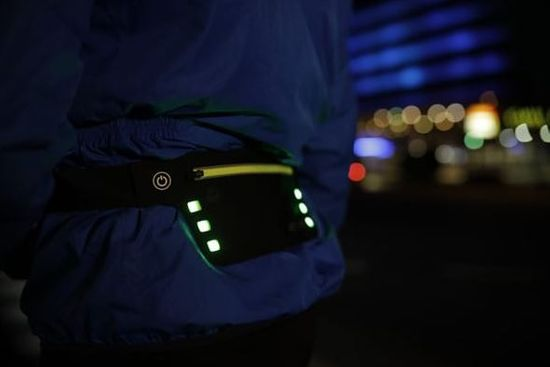 Wheel Bee torbica za okoli pasu LED Night Runner