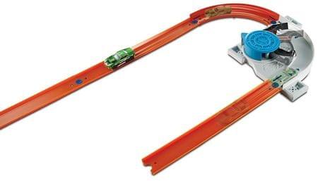 Hot Wheels trkačka staza s automobilima Track Builder Custom Turn Kicker