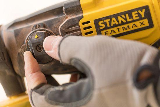 Stanley młotowiertarka FMCD900B-XJ
