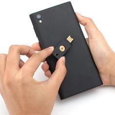 Yubico varnostni ključ YubiKey 5 NFC, gumb na dotik, črn
