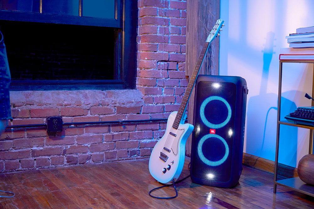 reproduktor JBL PARTYBOX 300 rca vstup stereo bluetooth