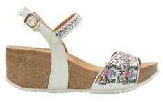 Desigual Dámske sandále Bio7 White Flowers 18SSHP66 1001
