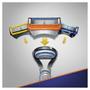 5 - Gillette moška britvica Fusion + 3 rezervne glave za britje