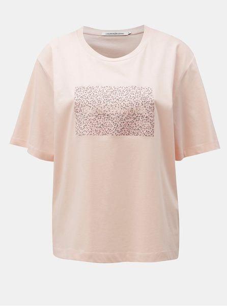 c17aa4d8109 Calvin Klein Jeans růžové dámské volné tričko s potiskem L