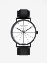 LARSEN & ERIKSEN hodinky s černým koženým páskem