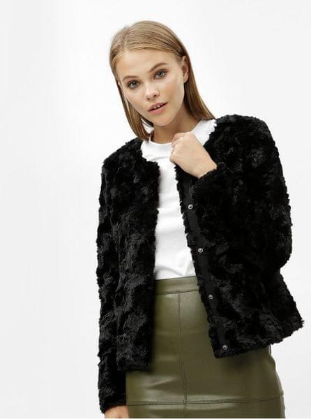 Vero Moda černý krátký kabát z umělé kožešiny Curl M fc39c716f33