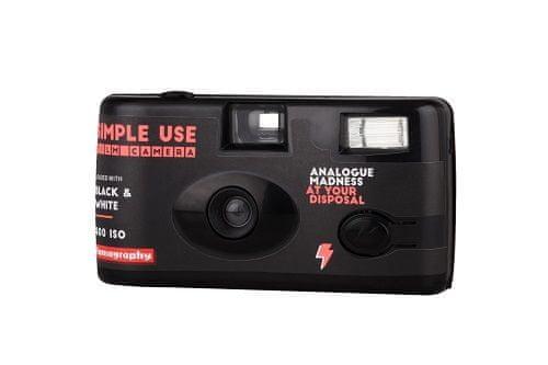 Lomography fotoaparat za enkratno uporabo Simple Use, črno-bel film