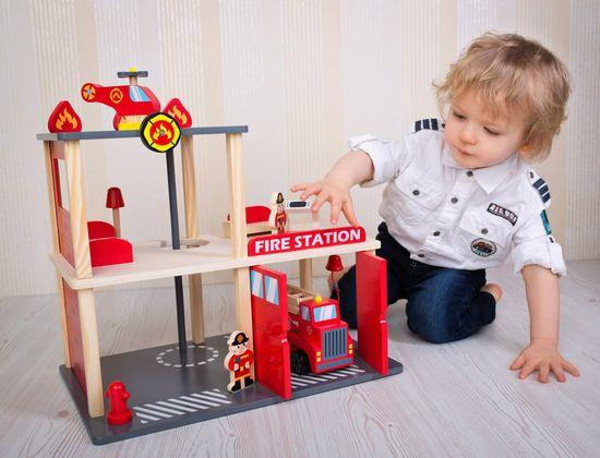 Bino Tűzoltóállomás, 13 darabos