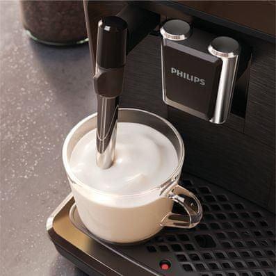 Kávovar Philips Series 2200 EP2220/10 napěňovač mléka