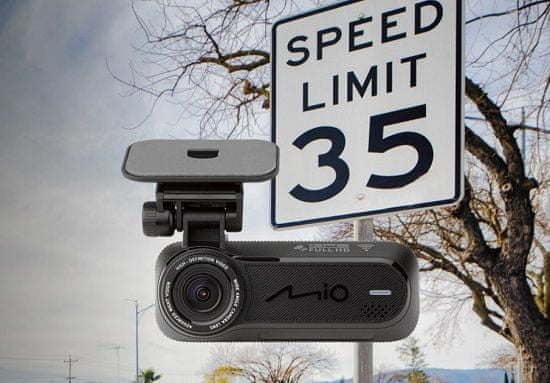 Avto kamera MiVue™ J85