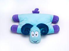 TravelBlue Detský cestovný vankúšik a hračka - Baran Sammy TBU287