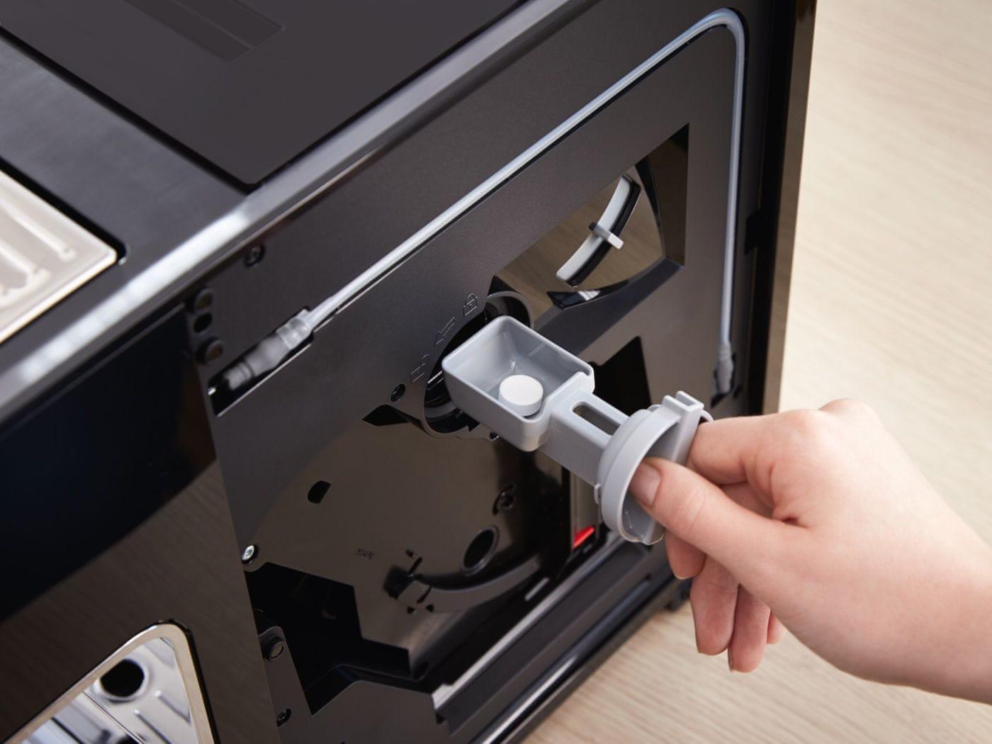 Automatická funkcia preplachovania a čistiace programy