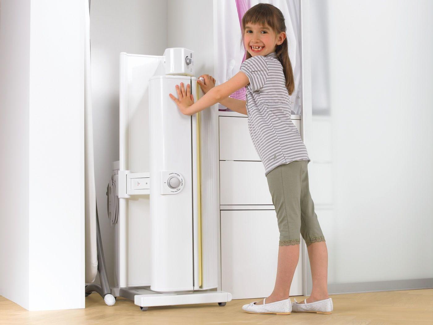 Komfortní sklápěcí mechanismus usnadňuje skladování