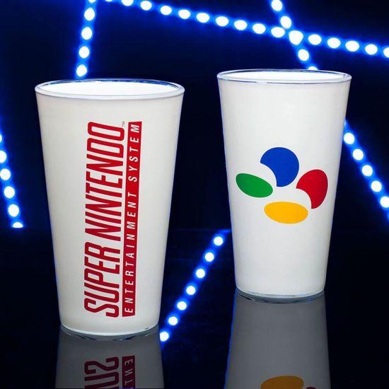 Paladone Super Nintendo Glass, čaša