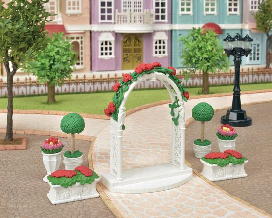 Sylvanian Families Cvetlično okrašen obok