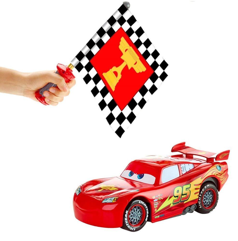 Mattel Cars Blesk McQueen s interaktivní vlajkou