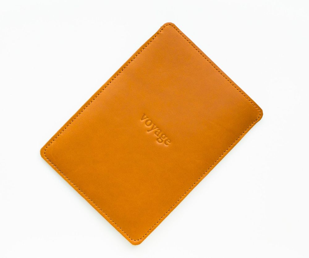 Voyage Kožený obal na Amazon Kindle Paperwhite // PELTA (Brown)