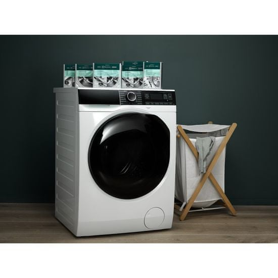 Electrolux Clean and Care M3GCP400 3v1 6 ks